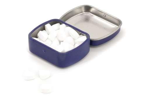 Bonbons - Petite boîte avec 10 gr de minties extra fort sans sucre - Angol - Pandacola